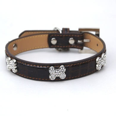 """Moby"" Croc Skin Dog Leash (Rich Brown)"