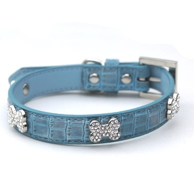 """Moby"" Croc Skin Dog Collar (Berry Blue)"
